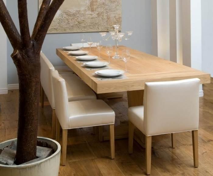 """""""שולחן ארוך מאפשר לארח סביבו מספר רב של סועדים ובנוסף מעניק אפקט דרמטי ועוצר נשימה לחלל"""", פינת אוכל מבית ART גלריה לריהוט, (צילום: יח""""צ)"""
