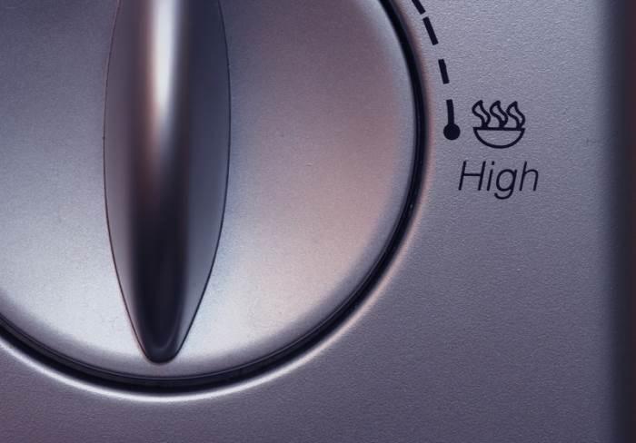 """""""דווקא מכשירי החשמל אצלנו בבית מסתמנים כגורם העיקרי לקרינה אלקטרומגנטית"""", מיקרוגל, (צילום: אילוסטרציה)"""