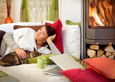 """חימום הבית במכשיר חסכוני יכול לקצץ בכ-30% מהוצאות החשמל בחורף (צילום:יח""""צ)"""