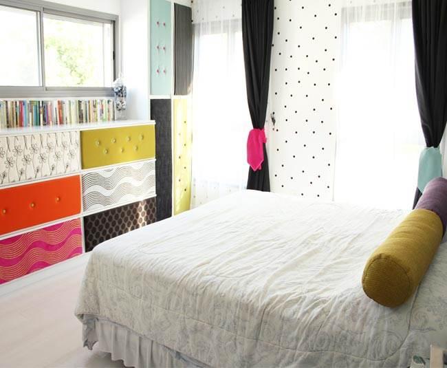 המילה טקסטיל מיד מתקשרת לתחום הוילונות, הכריות או ציפויי המיטה אבל גם חזיתות של ארונות יכולות בסיס נפלא לשילוב של טקסטיל (צילום: ג