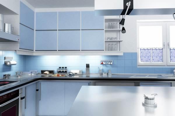 מטבח בצבעי כחול לבן של