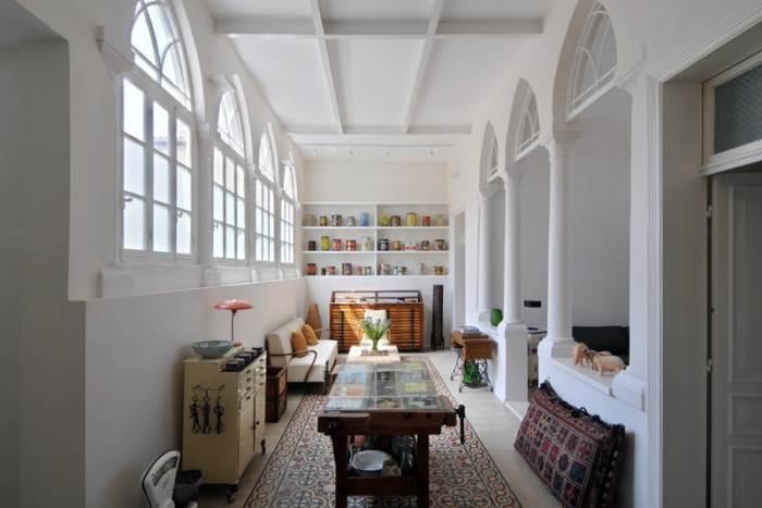 שריד ארכיטקטוני מרשים משנות ה-20 אשר שופץ מן הייסוד ושמר על מאפייניו העיצוביים. בית ערבי ביפו (צילום: שי אדם)