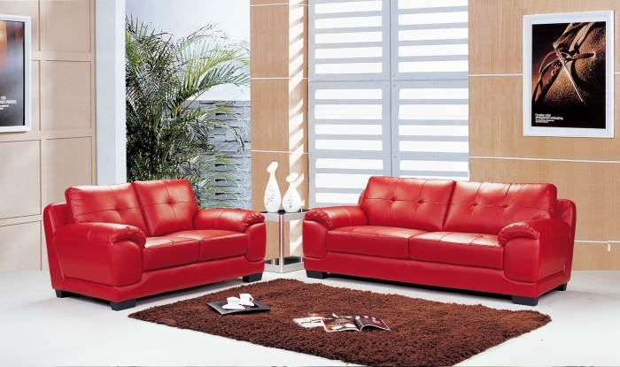 מערכת ישיבה תלת ודו עם ריפוד המשלב עור ובד דמוי עור נמכרת כעת בביתילי אאוטלט ב-4990 ש
