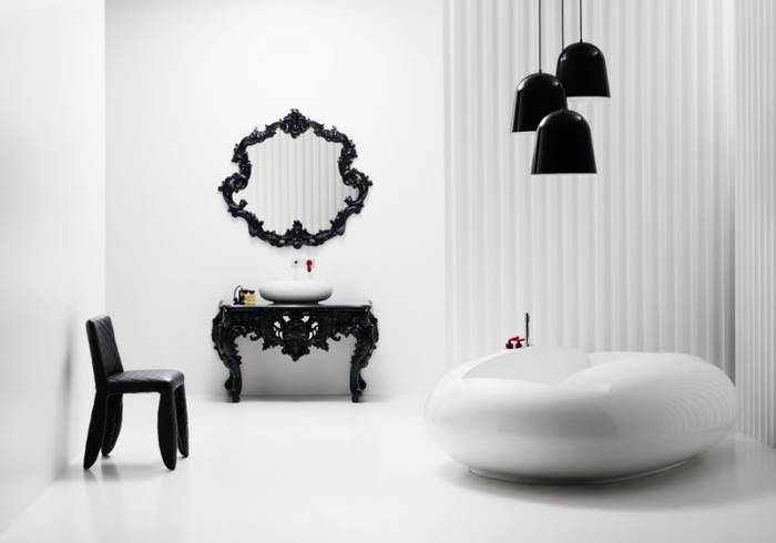 הארכיטקטורה נכנסת אל חדר הרחצה. חדר אמבטיה בעיצובו של מרסל וונדרס המוצג במתחם (צילום: יח