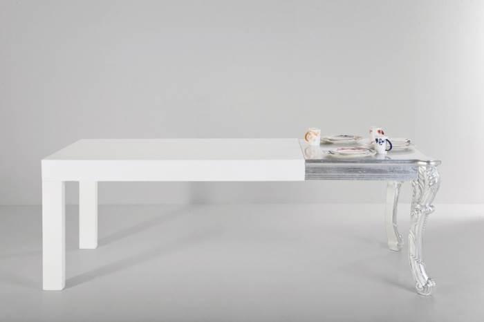 שולחן הייטקיסטי עם קישקע מפולנייה. שולחן של קארה דיזיין | מחיר: 4,825 שקלים (צילום: פיטר יורגן)