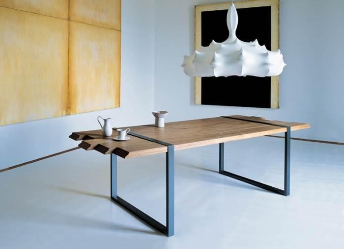 רהיט על פי בקשתך. שולחן של zanotta | מחיר: משתנה (צילום: Zanotta SPA – Italy)