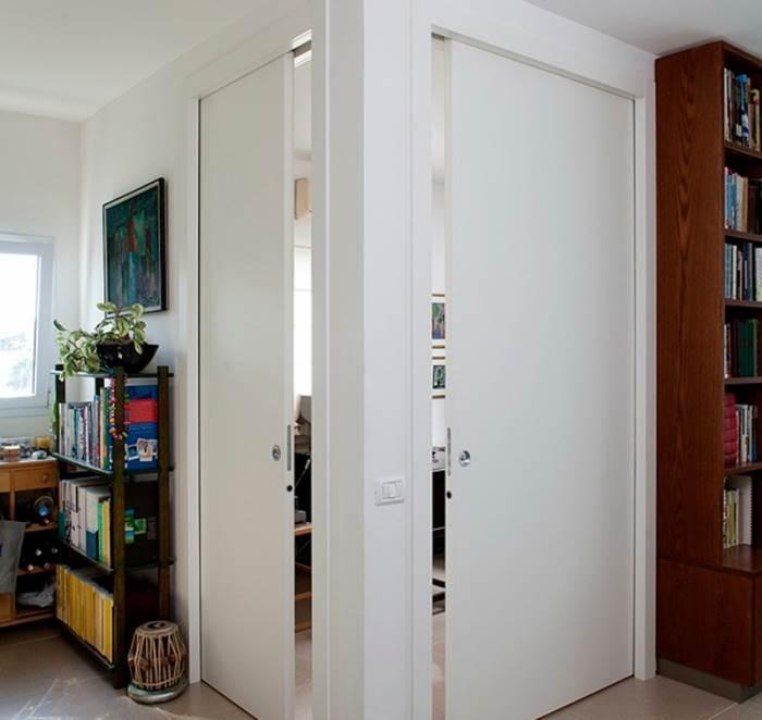 דלתות ההזזה מאפשרת בידוד ופרטיות (צילום: בנימין אדם)