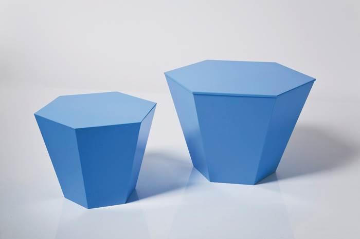 לא תאמינו מה יש בפנים? קופסת אחסון בצורה של שרפרף של קארה דיזיין | מחיר: 949 שקלים לשלישיית שרפרפים (צילום: פיטר יורגן)
