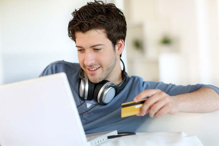 מומלץ לוודא כי האתר מאובטח והחברה אמינה לפני ששולפים את האשראי