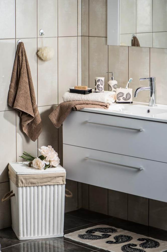 בחדר האמבטיה מומלץ לשלב שטיח שינעים את היציאה מהמקלחת - רשת הום סנטר
