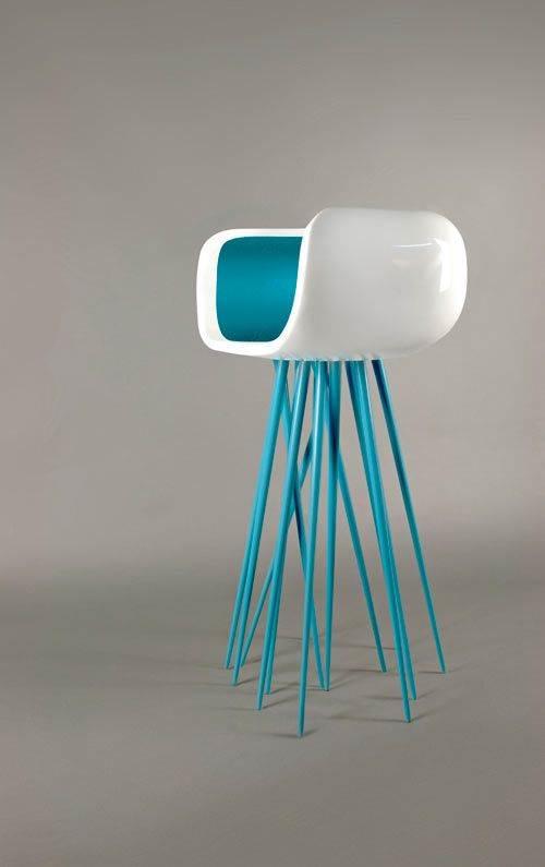 איך זה לשבת על מדוזה? כיסא בר של המעצב Michael Samoriz