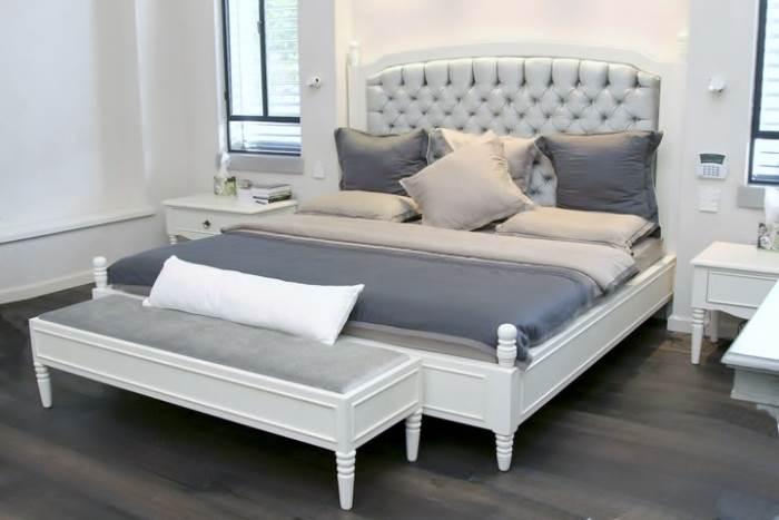 בחדר השינה מומלץ לשלב שימוש בעץ ליצירת חמימות