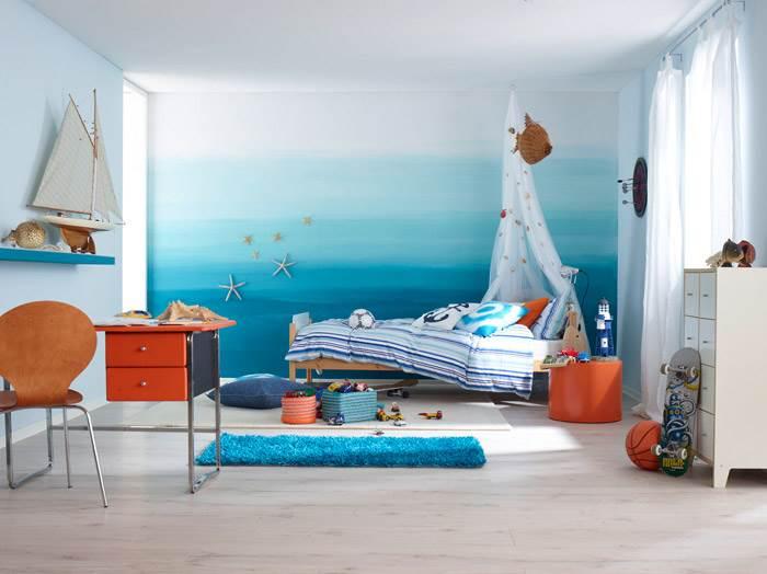 """חדר ילדים בגוונים של כחול בהשראת הים – """"ים של חוויות""""<br/>מעבר הדרגתי בגוונים של כחול, גוונים של ים לתחושה של רוגע. הצבע הכחול נחשב גם לצבע שמשפר ריכוז. להשיג בטמבור."""