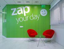 תענוג ויזואלי של עיצוב פונקציונאלי: הבית החדש של zap group