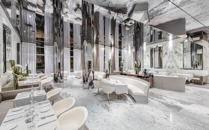 מסעדה בעיצובו של מעצב העל הצרפתי CHRISTOPHE PILLET בקזבלנקה שבמרוקו. העיצוב שואב השראה מהשם המילולי של קזבלנקה- הבית הלבן.