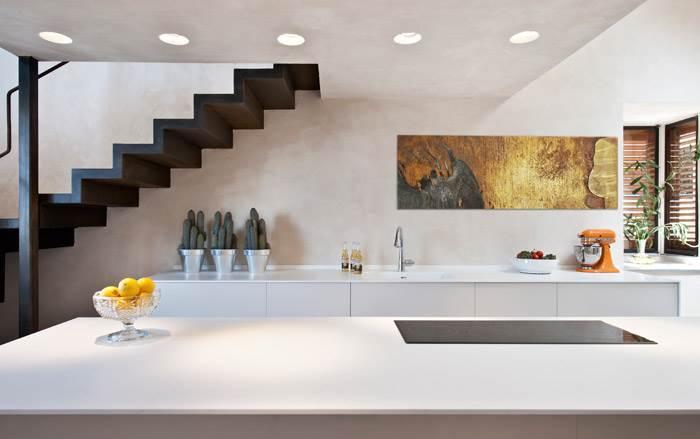 פאנל קיר דקורטיבי בהתאמה אישית במטבח מודרני