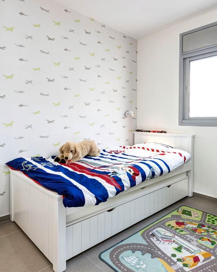 טפטים מעוצבים שובצו בחדרים ליצירת אופי ואווירה