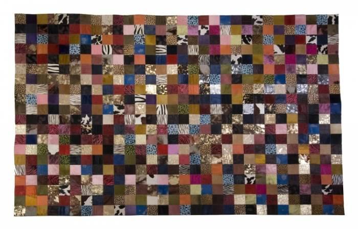 בין 20%-50% הנחה בצמר שטיחים יפים. צילום: עידו שי
