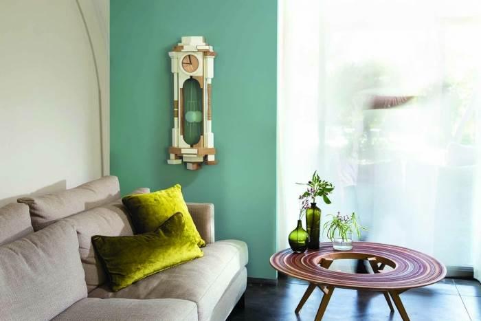 צביעה של קיר אחד בצבע דומיננטי יתן את האפקט הרצוי. מתוך קולקציית רגעים של בית של נירלט. צילום: דן לב