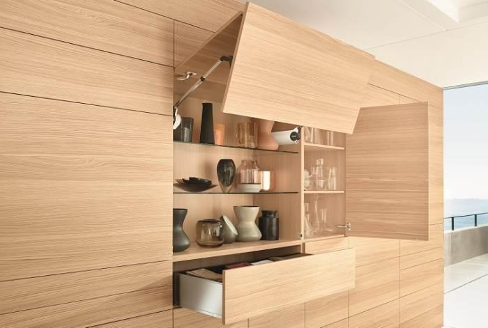 מגוון מוצרים לשילוב בכל יישום: קלפות, מגירות וצירים מבית Blum