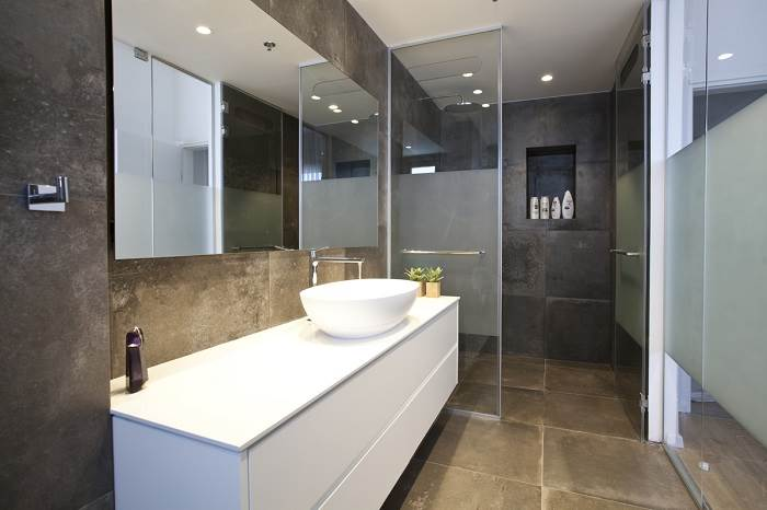 חדרי אמבטיה מרווחים | צילום: גידי בועז
