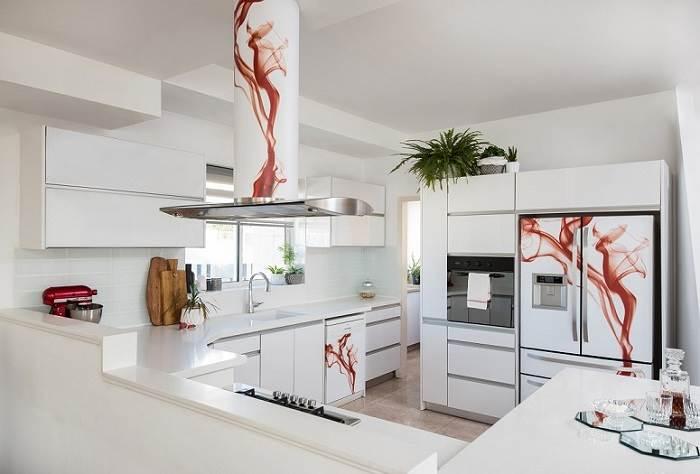 שדרוג המטבח בעזרת שילוב מגנט למקרר