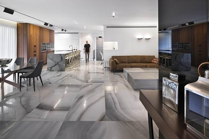 חלל הסלון והמטבח | צילום: שי אפשטיין