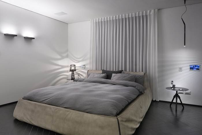 מבט אל חדר השינה | צילום: שי אפשטיין