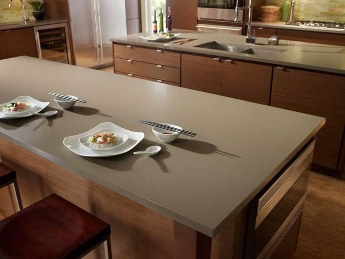 Silestone Unsui– הגוון המושלם עבור משטחים במטבחים גדולים עם עץ או סוגים אחרים של גימור שאינם עמוסים מדי, כגון מטבחים לבנים.