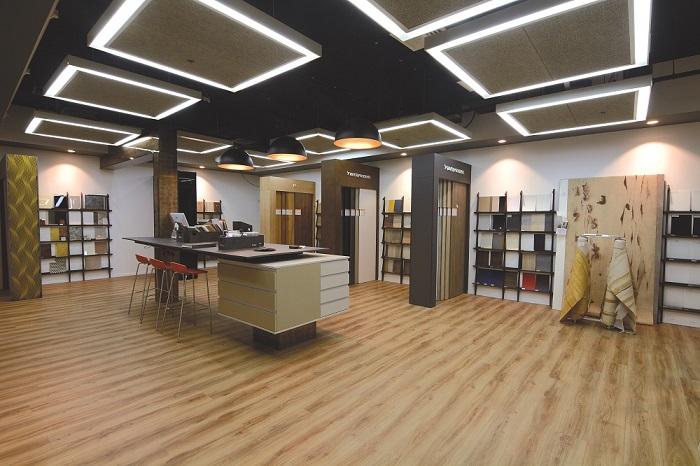 חומרים מיוחדים מרחבי העולם לעיצוב חדרי הבית. ספריית החומרים בבית בלורן