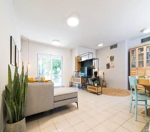 עיצוב דירת גן ברעננה