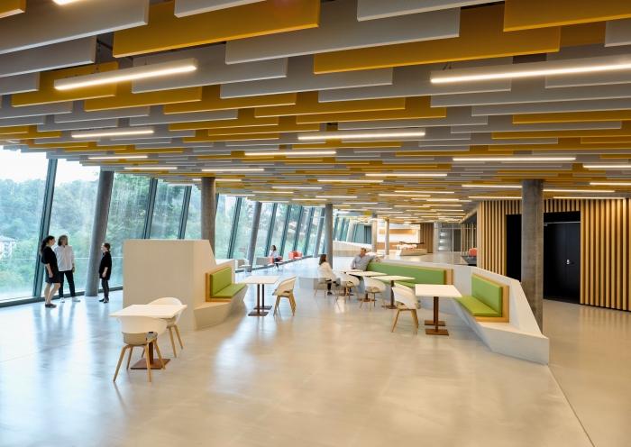 מכון מחקר הסרטן בתכנון אדריכל סטפן בייניש-אורח פסטיבל אדריכלות ישראלית