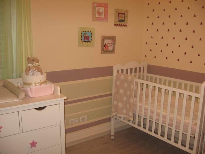 מבט נוסף אל חדר התינוקת החדש והקסום, (עיצוב, סגנון והפקה: ליעונה מנקלי)