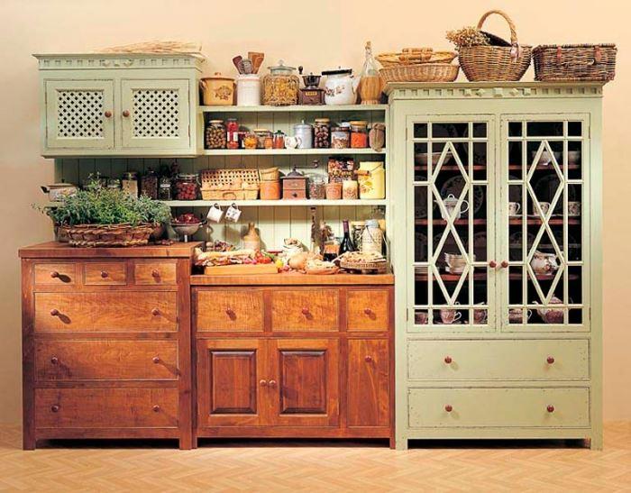 מטבח שעושה חשק לבשל מאכלי קדירה ולצאת אל האחו. הסגנון הכפרי של פרובאנס באליה מטבחים (צילום: מני הדר)