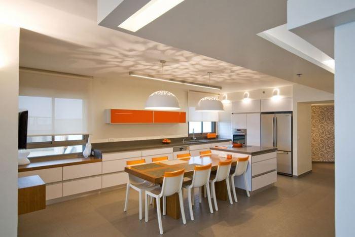 היתרונות: תחושת מרחב וקשר עין למרכז הבית. מטבח פתוח של קמילה מטבחים, one design center (צילום: יח