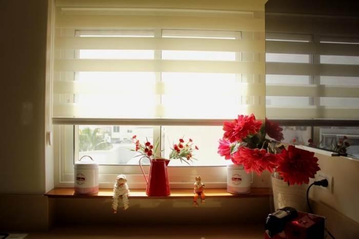 הלבשת הבית בעזרת וילונות, טפטים ומדבקות קיר, תורמת ליצירה מראה שלם ואחיד בבית. וילון מטבח של אורגד (צילום: ג