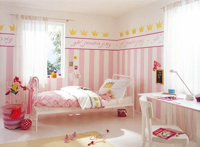 שבלונת אותיות. תהפוך חדר ילדים סטנדרטי לחדר מגורים מלכותי - הכניסה לנסיכות בלבד (צילום: טמבור)