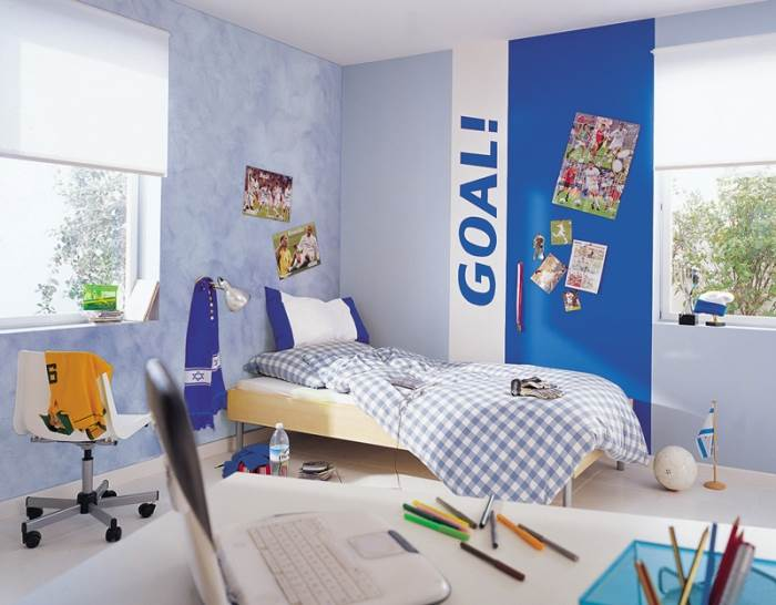 כיתוב אישי יוסיף אופי ייחודי גם לחדר שינה מבולגן (צילום: טמבור)