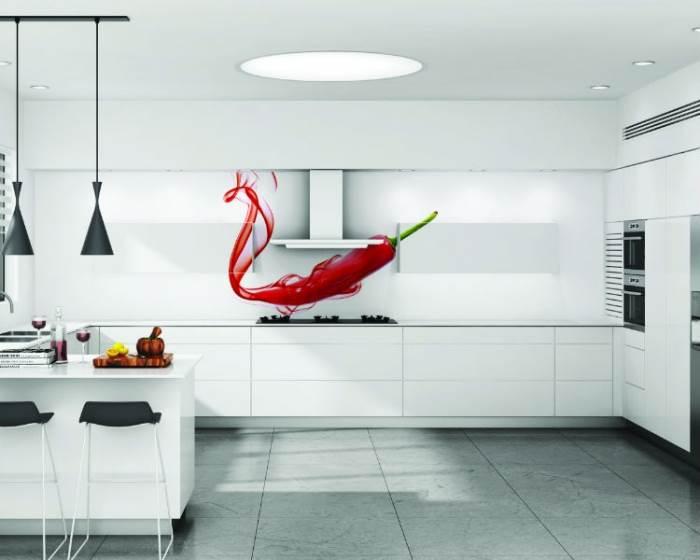 בזכות הניקיון, העמידות ובעיקר בזכות העיצוב האישי לבית. עיצובי הזכוכית של בלורן