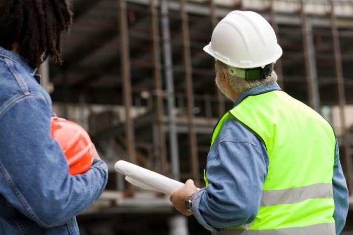 בתכנון מתייחסים למערכות קיימות של חשמל, מיזוג, גז, ביוב ומים וכן למגבלות במבנה, (צילום: אילוסטרציה)