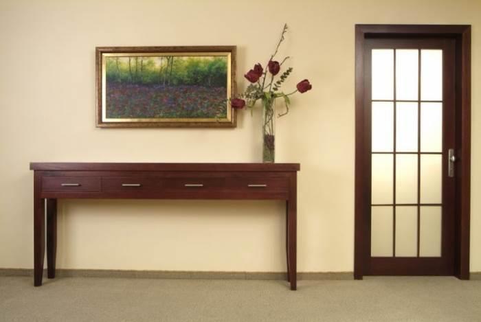 שטיח מקיר לקיר לעומת זאת מוחלף בישראל בערך כל חמש שנים, שטיח מקיר לקיר בחלל בתכנון מעצבת הפנים גלית אבינועם