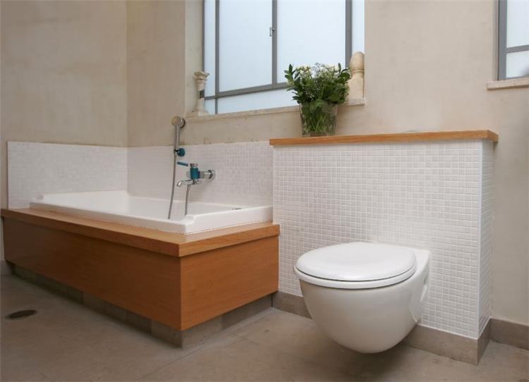 חדר אמבטיה - גילה וינטר