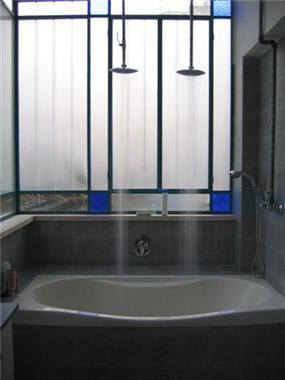 אמבטיה - שי אילון אדריכלות עיצוב ונוף