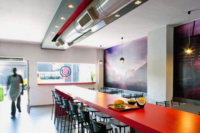 """שיפוץ מסעדה בת""""א בסגנון מודרני של Niego Design"""