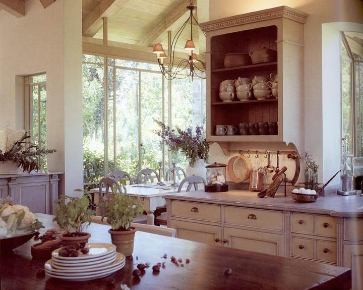 מטבח בתכנון יונתן מונג'ק אדריכלים, צילום: שי אדם, מתוך ספרה של אורלי רובינזון - ''יונתן מונג'ק''