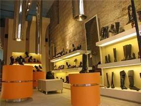 רשת חנויות נעלים - בילי גרנות אדריכלות ועיצוב פנים