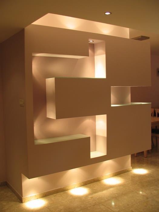 קיר גבס עם תאורה, עיצוב סיגל נייגרציק אבירם
