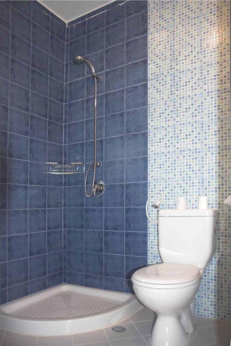 חדר שירותים - דבי שור אליאסי, אדריכלות ועיצוב פנים