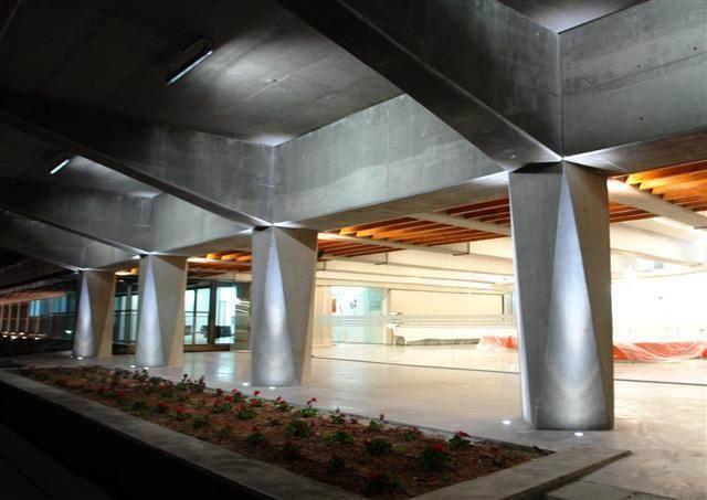 הארת מבואת מחלקת פיזיקה, מכון ויצמן רחובות - איילון גביש - עיצוב ותכנון תאורה אדריכלית