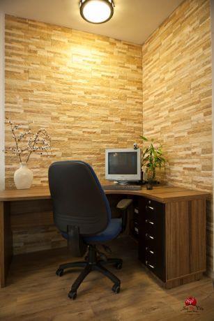 פינת עבודה עם חיפוי אבן על הקיר, עיצוב אירית כחלון-sol de vida